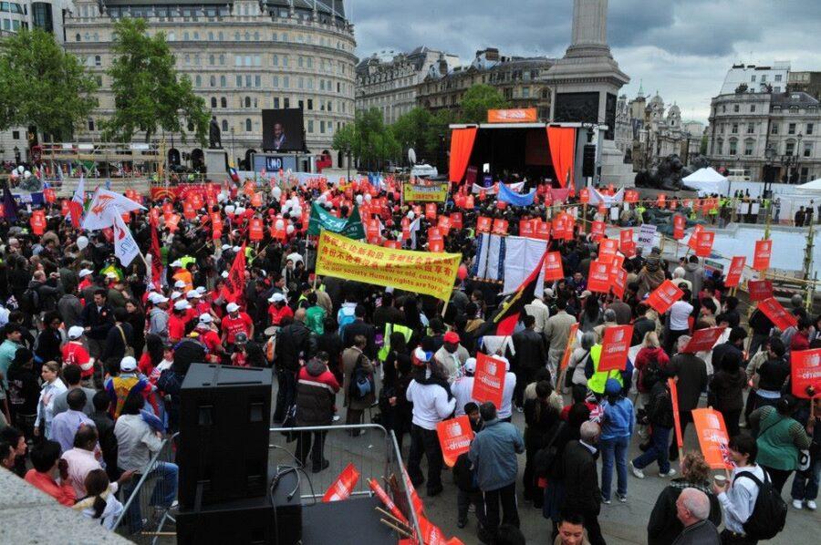 MARCHA IBEROAMERICANA 2019. PLAZA TRAFALGAR 900x598 - 11 años de la mayor marcha iberoamericana de la historia británica