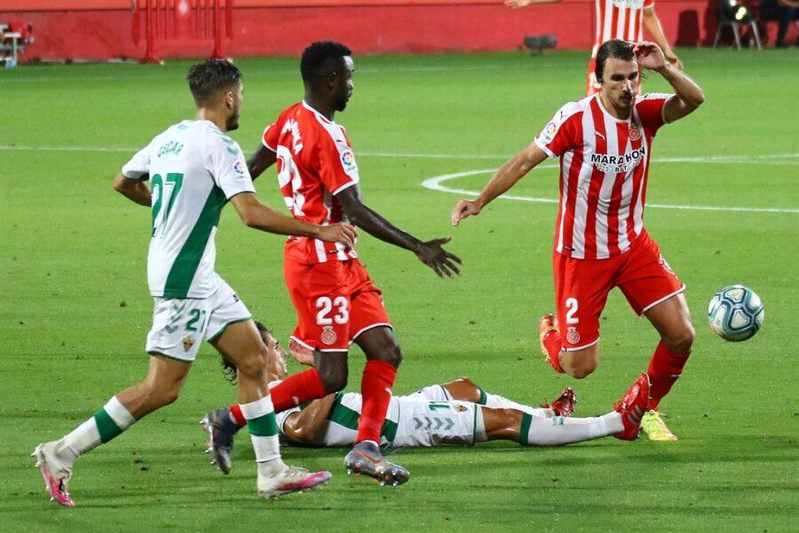 Girona 0 Elche1 05 900x600 - Girona Fc 0 - Elche 1 : El Elche asciende en Montilivi con gol último minuto ( con Galería de Foto )