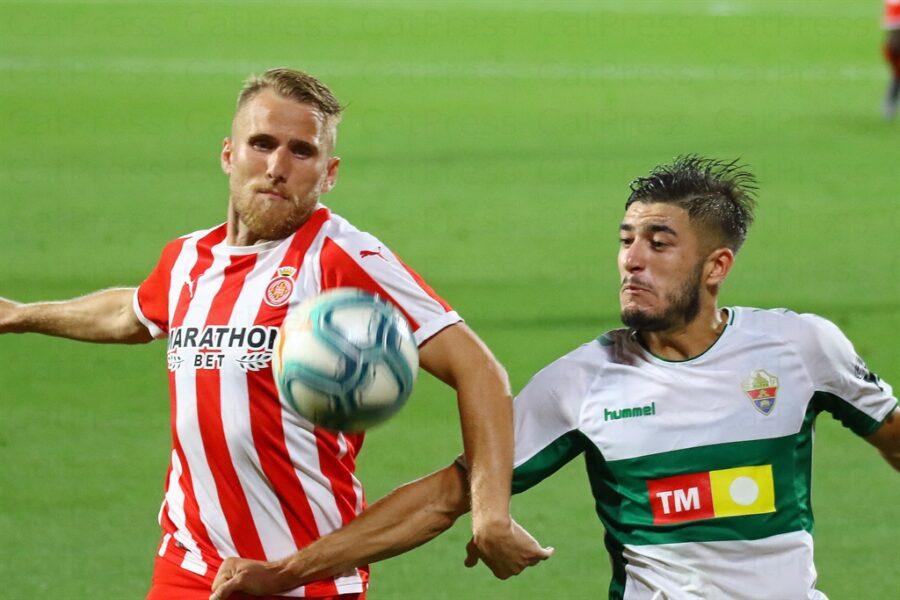 Girona 0 Elche1 07 900x600 - Girona Fc 0 - Elche 1 : El Elche asciende en Montilivi con gol último minuto ( con Galería de Foto )