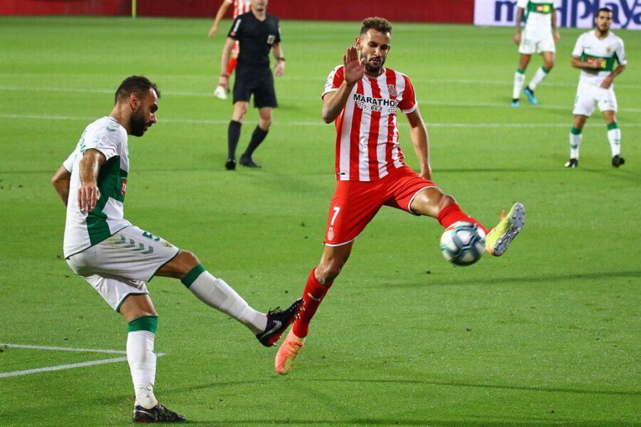 Girona 0 Elche1 10 900x600 - Girona Fc 0 - Elche 1 : El Elche asciende en Montilivi con gol último minuto ( con Galería de Foto )