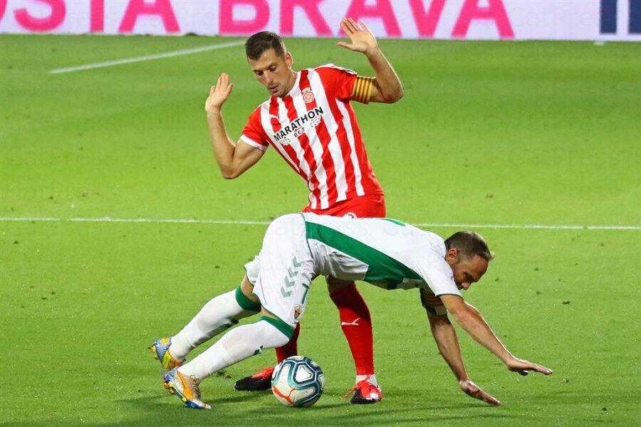 Girona 0 Elche1 11 900x600 - Girona Fc 0 - Elche 1 : El Elche asciende en Montilivi con gol último minuto ( con Galería de Foto )