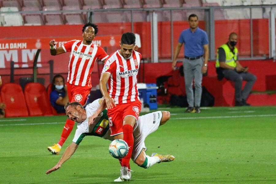 Girona 0 Elche1 16 900x600 - Girona Fc 0 - Elche 1 : El Elche asciende en Montilivi con gol último minuto ( con Galería de Foto )