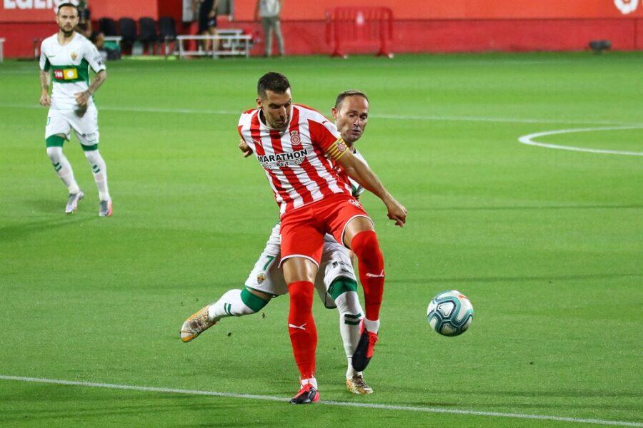 Girona 0 Elche1 18 900x600 - Girona Fc 0 - Elche 1 : El Elche asciende en Montilivi con gol último minuto ( con Galería de Foto )