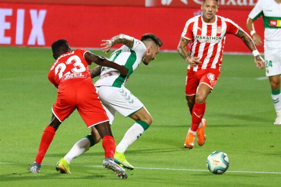 Girona 0 Elche1 21 900x600 - Girona Fc 0 - Elche 1 : El Elche asciende en Montilivi con gol último minuto ( con Galería de Foto )
