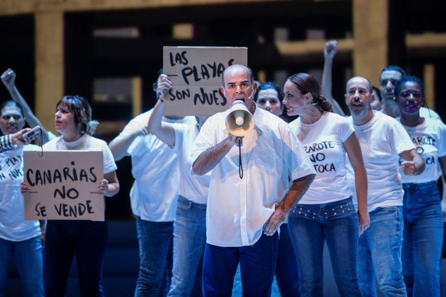 cesar reinvindicativo - Gran Canaria.- César Manrique 'revive' en el Cuyás con el musical de Clapso y Mestisay